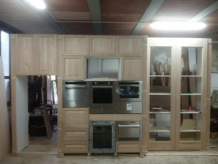 Cucina in legno di castagno 5