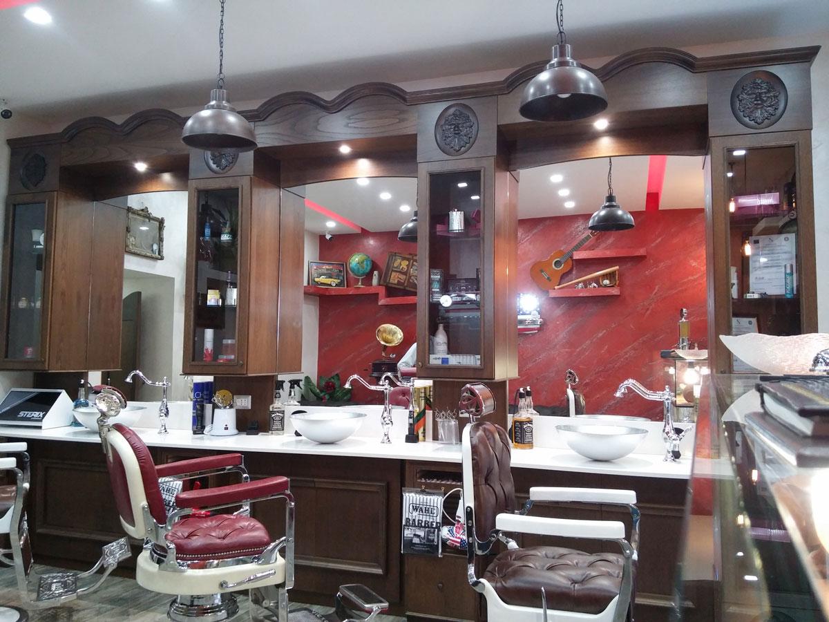 mobile-barbiere-2