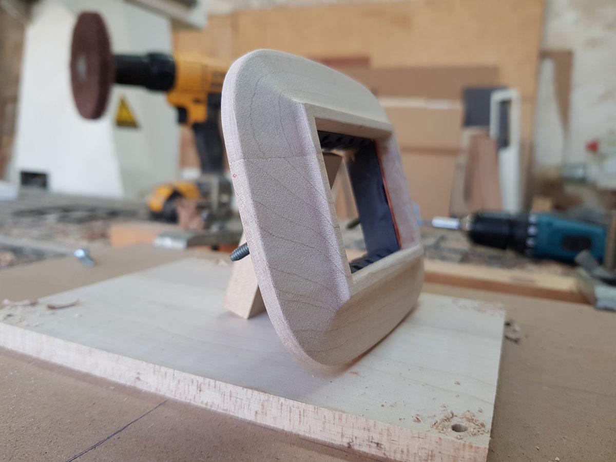 Placchetta-in-legno-5